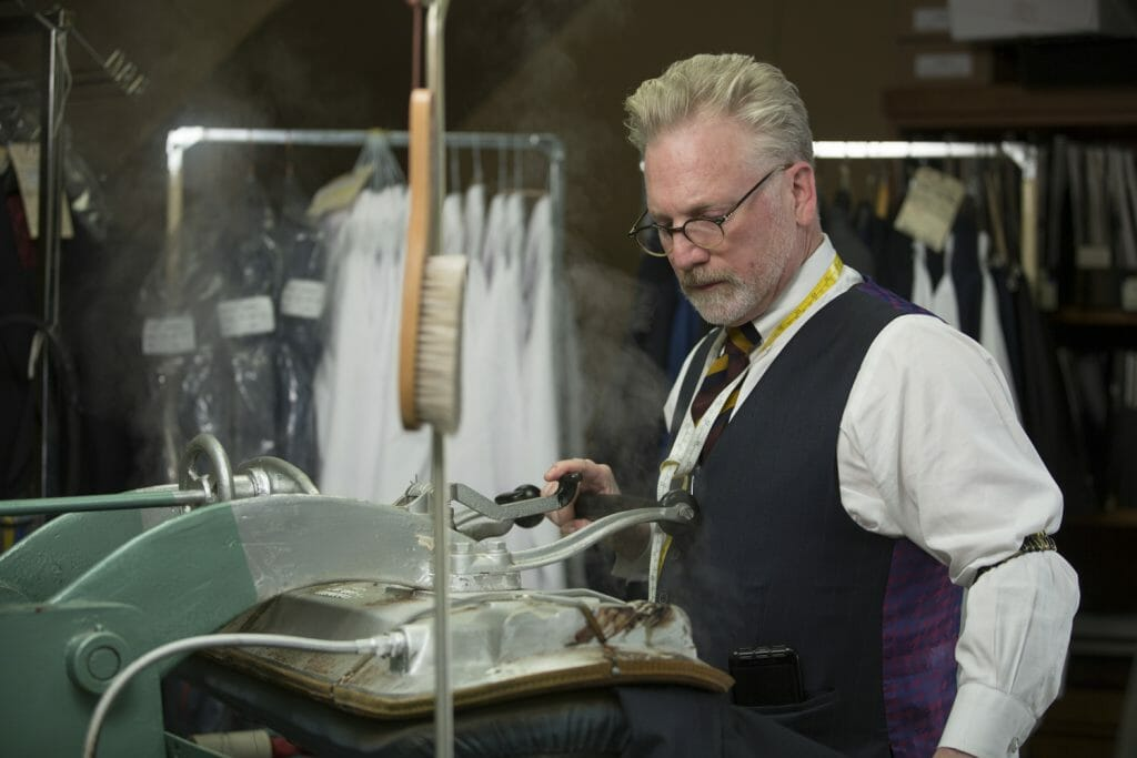 Tailor 5