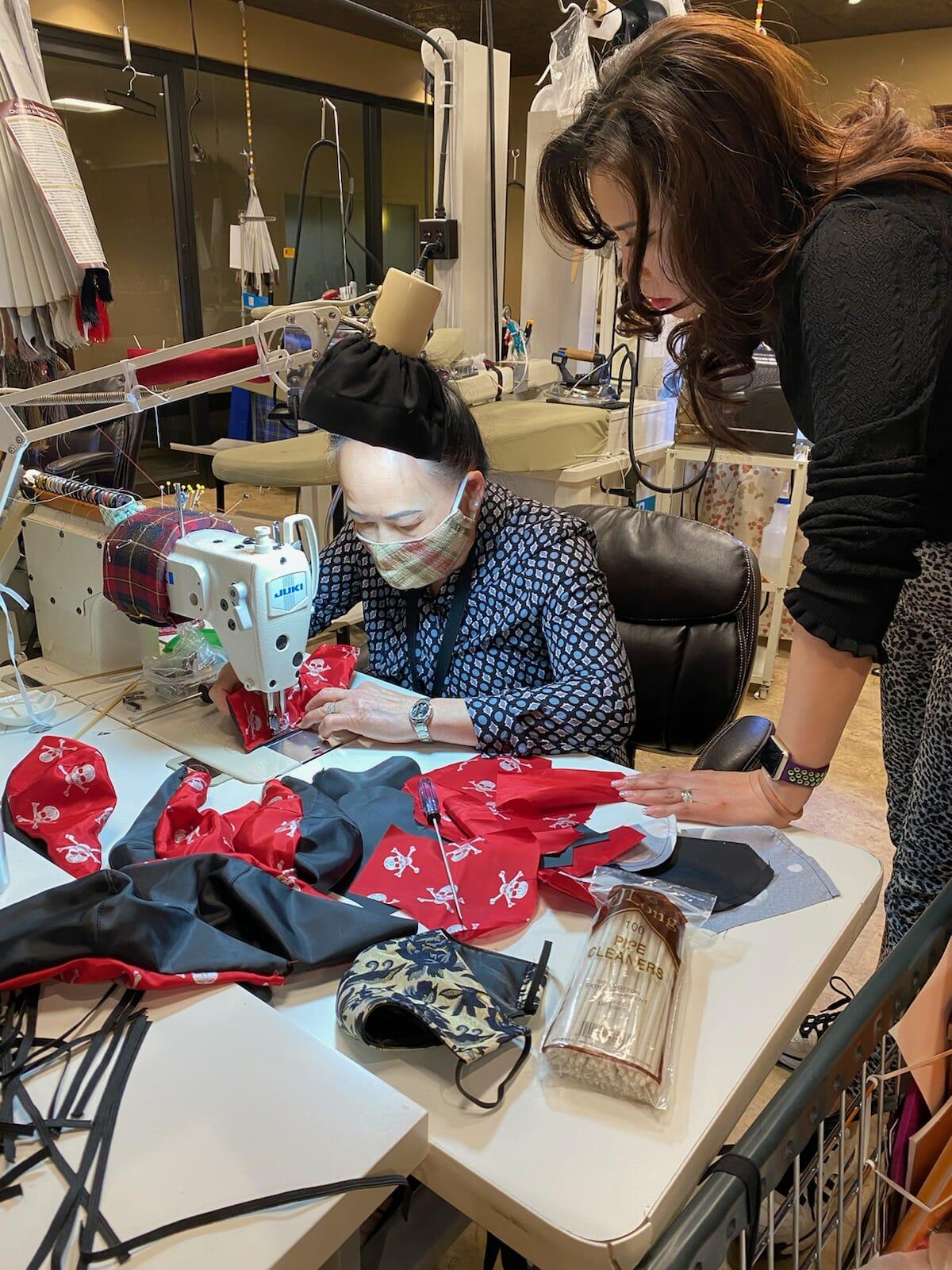 Mask production01